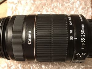 Canon efs 55-250mm f/4-5.6 is II camera lens photography for Sale in Phoenixville, PA