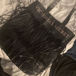 Brand New Victoria Secrets Bag for Sale in Rockdale, IL