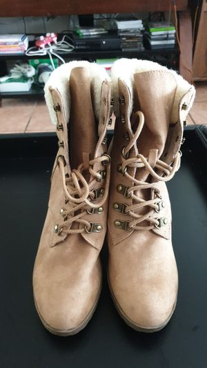 New Brash size 9 ankle boots. for Sale in Las Vegas, NV
