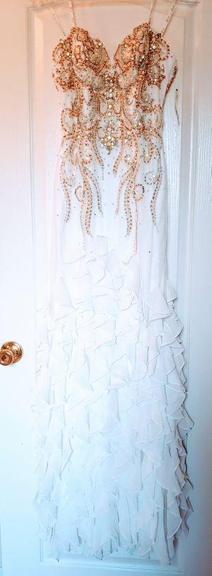 Wedding Dress Size 4 for Sale in Davenport, FL
