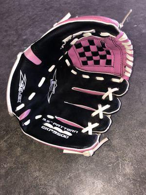 T-Ball Baseball Glove for Sale in Allyn-Grapeview, WA