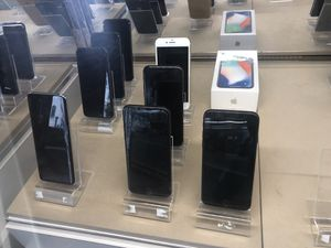 iPhone 7 8 X Unlocked for Sale in San Francisco, CA