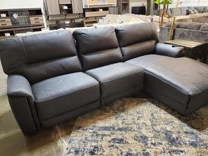 Power Reclining Sectional, Black for Sale in Santa Ana, CA
