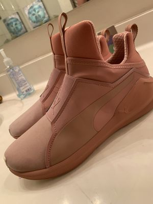 Womens puma shoes size 8.5 for Sale in Glendale, AZ