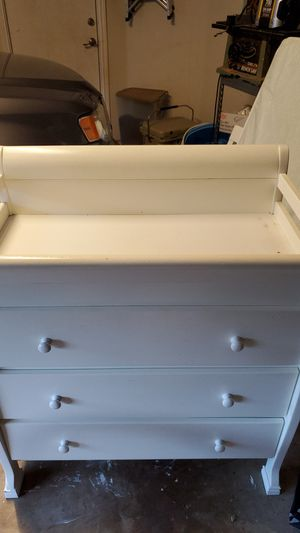 Changing table dresser combination for Sale in Corinth, TX