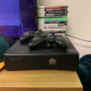 Xbox 360 Slim w/ 17 Games 2 Controllers for Sale in Tacoma, WA