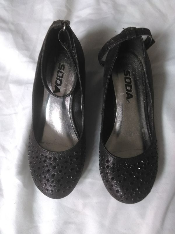 Girl shoes Size 13