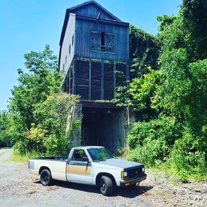 87 Chevy s10 350 v8 for Sale in Philadelphia, PA
