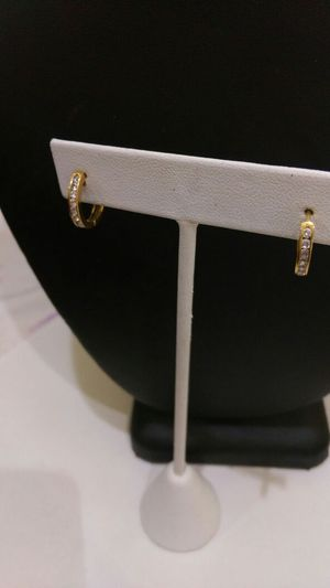 18k yellow gold earring diamond for Sale in Philadelphia, PA