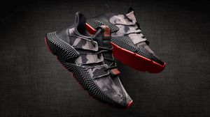 """Adidas Prophere Core Black """"Bleached"""" Solar Red DB1982 Size 10 Men for Sale in West Covina, CA"""