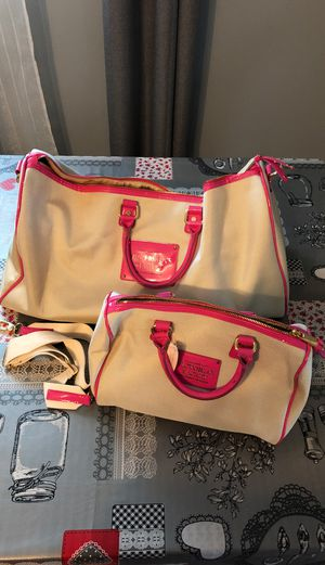 Victoria's Secret, duffle , tote and makeup bags for Sale in Gilberts, IL