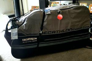 Decathlon rolling Bike traveling bag for Sale in San Diego, CA