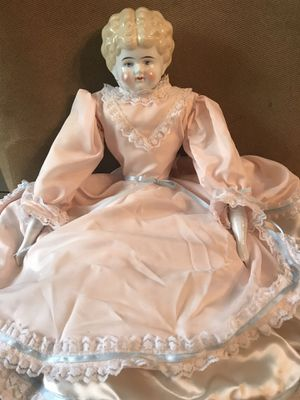 """Antique Dolly Madison China Doll 21"""" for Sale in LXHTCHEE GRVS, FL"""