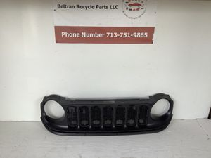 2015 2016 2017 2018 Jeep Renegade grille for Sale in Houston, TX