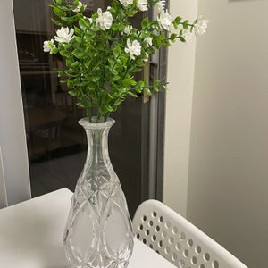 Glass Vase With Artificial Flowers for Sale in West Hollywood, CA