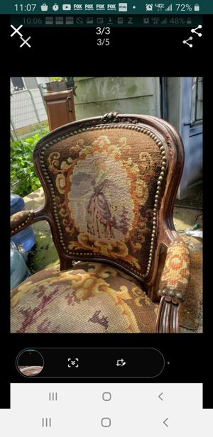 Antique French Style Chair Louis Xv Maiden. for Sale in Cleveland, OH