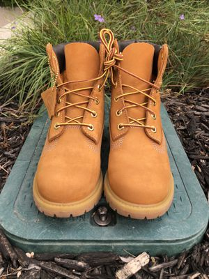 "Timberland Women's 6"" Premium Waterproof Boots for Sale in Daly City, CA"