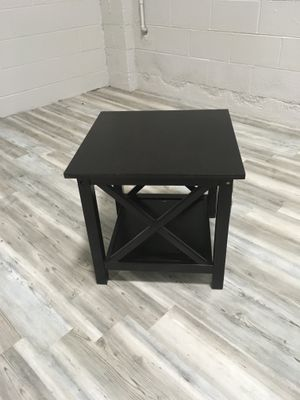 Small Side Table (Dark Colored Wood) for Sale in Chicago, IL