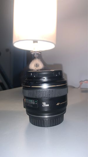 Canon 28mm 1.8 for Sale in Charlotte, NC