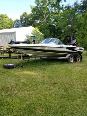 2003 Triton Boat FS190 and 200hp VMax Yamaha motor for Sale in Ragley, LA