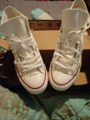 All white converse great condition for Sale in Baltimore, MD