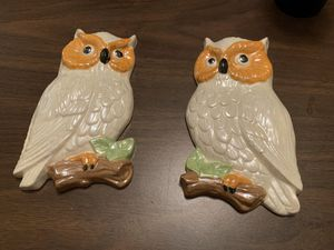 Set of two vintage ceramic owls - like new. So pretty :) for Sale in Cary, NC