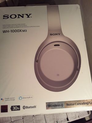 Sony WH1000X M3 Google assistant headphones WITH ALEXA BUILT IN for Sale in Fresno, CA