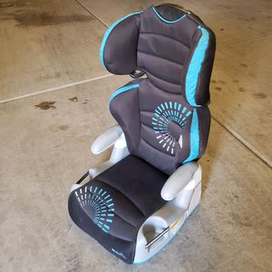 Evenflo booster seat. Gentle used. for Sale in Avondale, AZ