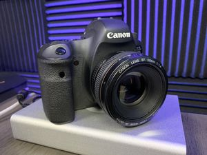 Canon 6D with 50mm 1.4 for Sale in Phoenix, AZ