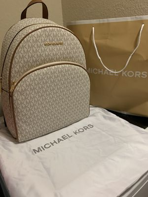 New XL leather Michael Kors backpack $200 for Sale in Fort Worth, TX