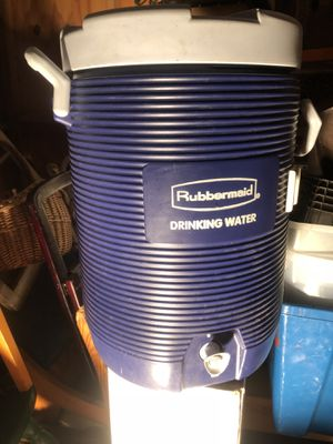5 gallon water container for Sale in Little Rock, AR