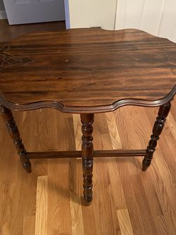 Decorative Accent Table for Sale in Raleigh,  NC