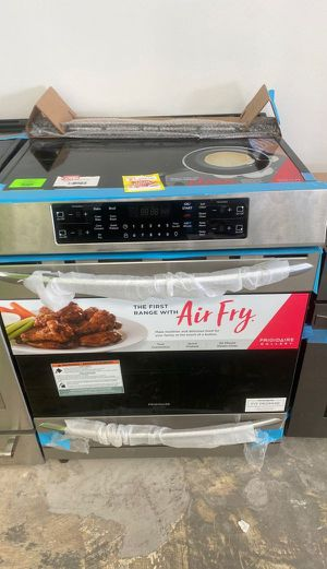 Frigidaire FGIH3047VF electric stove 🤯🤯🤯 NT for Sale in Bellaire, TX