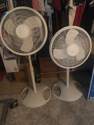 (2) 3-SPEED OSCILLATING FLOOR FANS $15.00 Each or $25.00 Both for Sale in Largo, FL