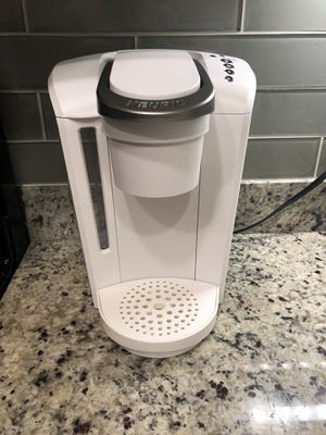 Matte white Keurig, works perfectly! for Sale in Bothell, WA