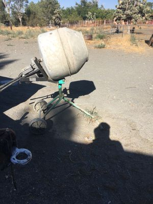 Cements Mixter. Electric for Sale in Phelan, CA