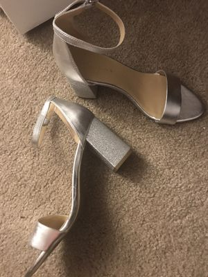 Block heel with ankle strap in silver for Sale in Shrewsbury, MA