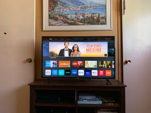"Vizio E43-F1 43"" 4K HDR Smart Tv with Chromecast for Sale in San Diego, CA"