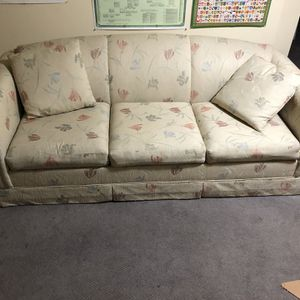 Free Couch With Sleeper Pullout (sofa bed) for Sale in Portland, OR