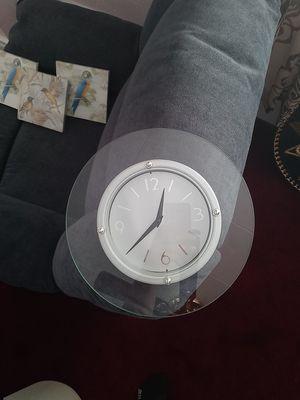 Wall Clock for Sale in Saginaw, MI