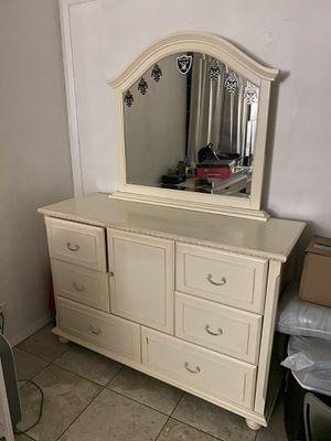 White Dresser for Sale in San Jose, CA