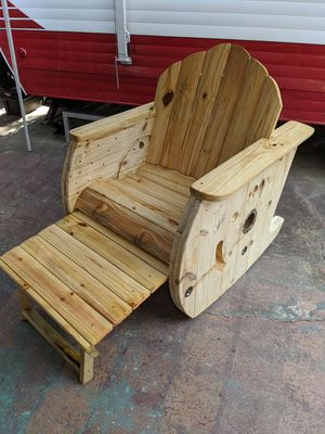 Reclaimed wood rocker for Sale in Clermont, FL