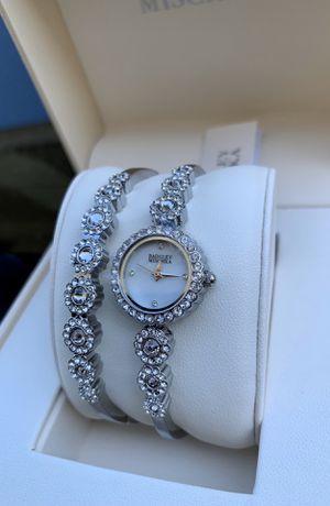 Badgley Mischka Silver-Tone Swarovski Crystal Ladies Watch And Bracelet for Sale in Flower Mound, TX