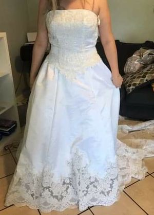 wedding dress Size 8 for Sale in Fort Meade, FL
