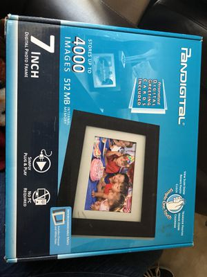 Pandigital, 7-inch Digital Photo Frame for Sale in Corona, CA