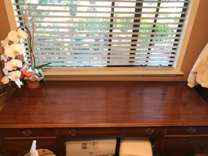 Mid century America of Martinville antique desk for Sale in San Lorenzo, CA