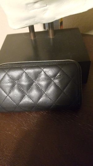 Small hand bag CHANEL BLACK LEATHER for Sale in Phillips Ranch, CA