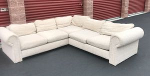 Gorgeous and comfortable sectional couch for Sale in Bothell, WA