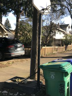 Free Basketball Hoop for Sale in Portland,  OR