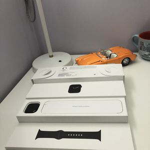 Apple Watch series 5 40mm stainless steel like new with AppleCare GPS+LTE for Sale in Fairfax, VA